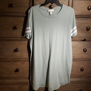 Mint Casual Dress Size 1X Forever 21+